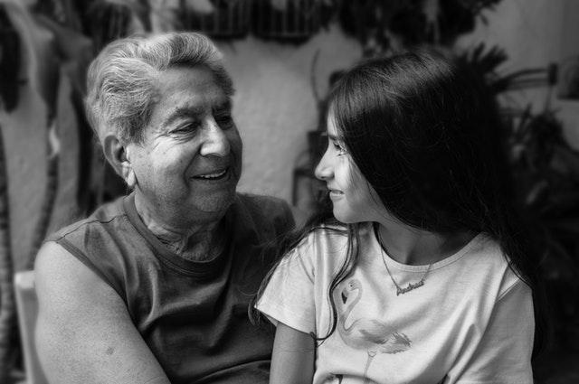 Anziani e elettrodomestici: idee regalo